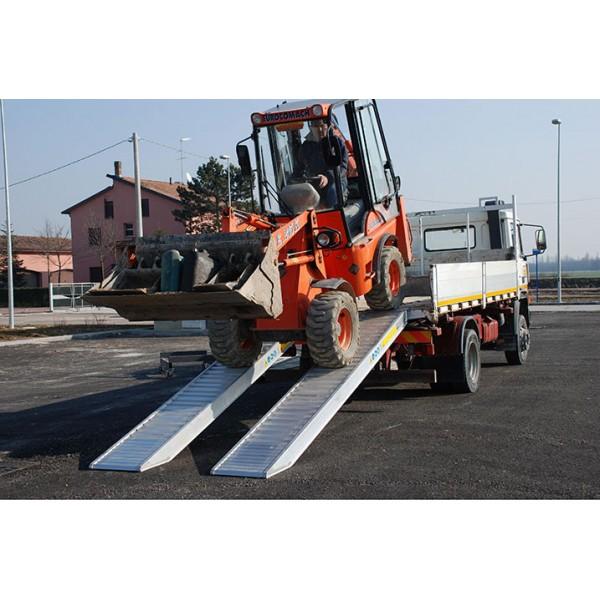 Oprijrampen lengte 3,5 m / laadvermogen 6,5 t...